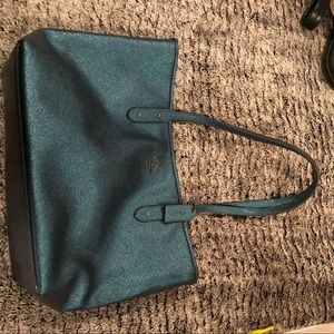 Coach Tote with zipper large